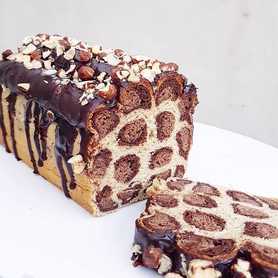 Pain au lait léopard vanille-chocolat, glaçage chocolat praliné