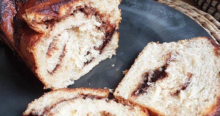 Brioche Nocciolata ultra moelleuse et filante sans beurre (saine et vegan)
