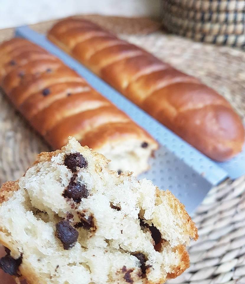Baguettes viennoises nature ou pépites de chocolat noir sans sucres ajoutés, saines et vegan