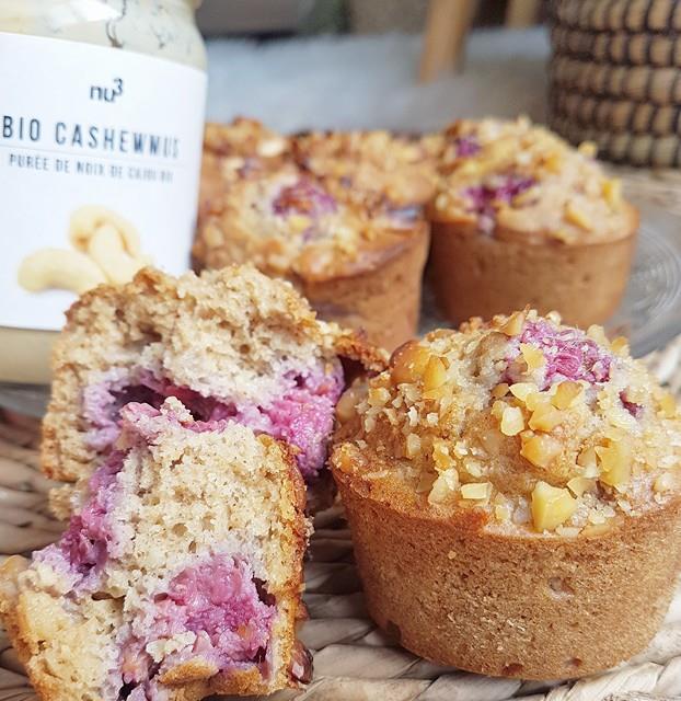 Muffins moelleux framboises/noix de cajou ou framboises/amandes sans sucres ni matières grasses ajoutées, sains et vegan