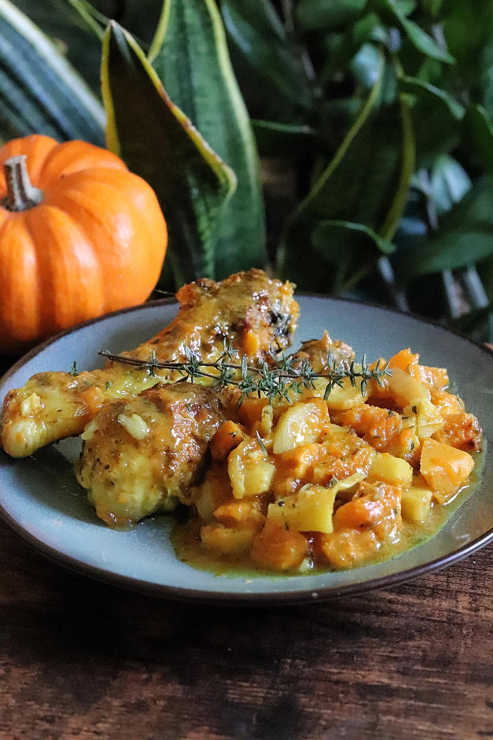 Pilons de poulet rôtis au gingembre et légumes d'automne fondants : courge, panais et patate douce