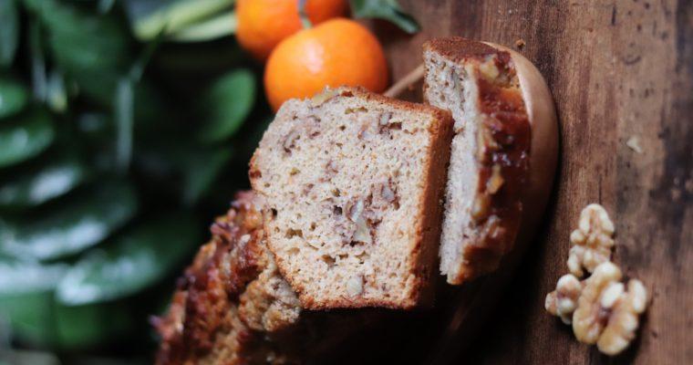 Cake aux noix, miel et clémentine. Sans MG ajoutées, sans sucres ajoutés, sans lactose.